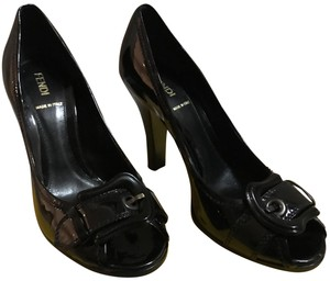 Fendi patent leather black Pumps