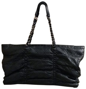 Chanel Neverfull Tote in Black