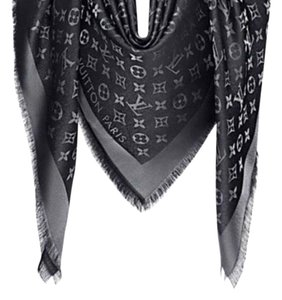 Louis Vuitton Shine Shawl