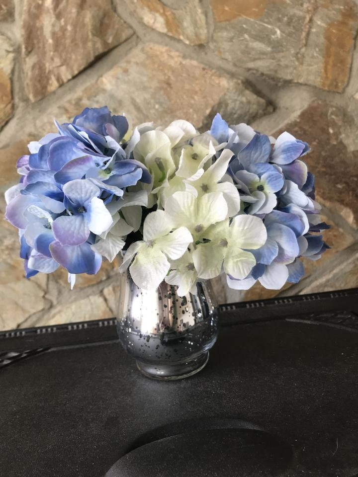 Blue White Flowers Silver Vases And Tea Lights 19 Artificial