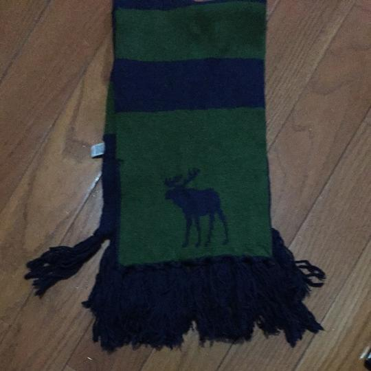 Abercrombie & Fitch green and navy scarf