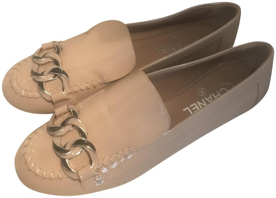 8ca9d1cd17e Chanel Beige (Nude) 17b c Patent Leather Chain Cc Loafers Moccasin Flats