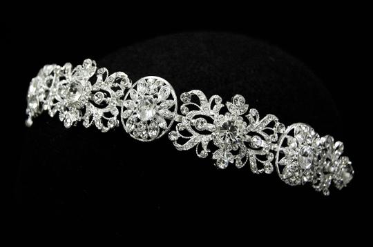 Preload https://item3.tradesy.com/images/other-intricate-silver-plated-wedding-headband-2275132-0-0.jpg?width=440&height=440