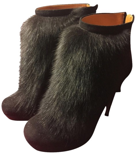 Gucci Fur Heels Black Boots