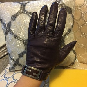 Fendi Purple Fendi Logo Leather Gloves