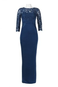 Adrianna Papell Blue Jersey Lace Pintuck Gown Modern Bridesmaid/Mob Dress Size 6 (S)