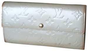 Louis Vuitton Vernis Sarah Clutch Purse ID Checkbook Credit Card Cash Coin Currency