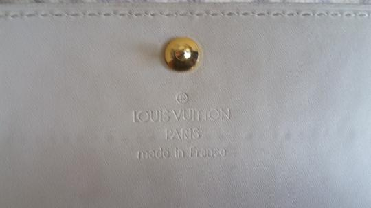 Louis Vuitton Vernis Sarah Clutch Purse ID Checkbook Credit Card Cash Coin Currency Image 9