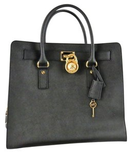 8efe022bf379 Michael Kors Hamilton Leather Sturcture North South Large Tote in Black