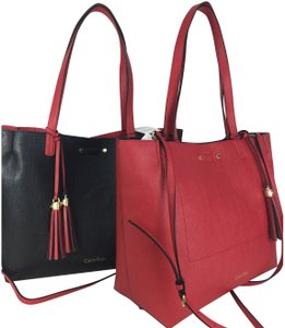 Calvin Klein Tote in black and red