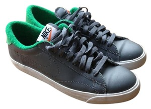 Nike Green Tennis Grey Athletic