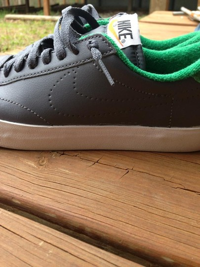 Nike Green Tennis Cool Grey Athletic