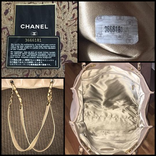 Chanel Tote in Tan Image 2