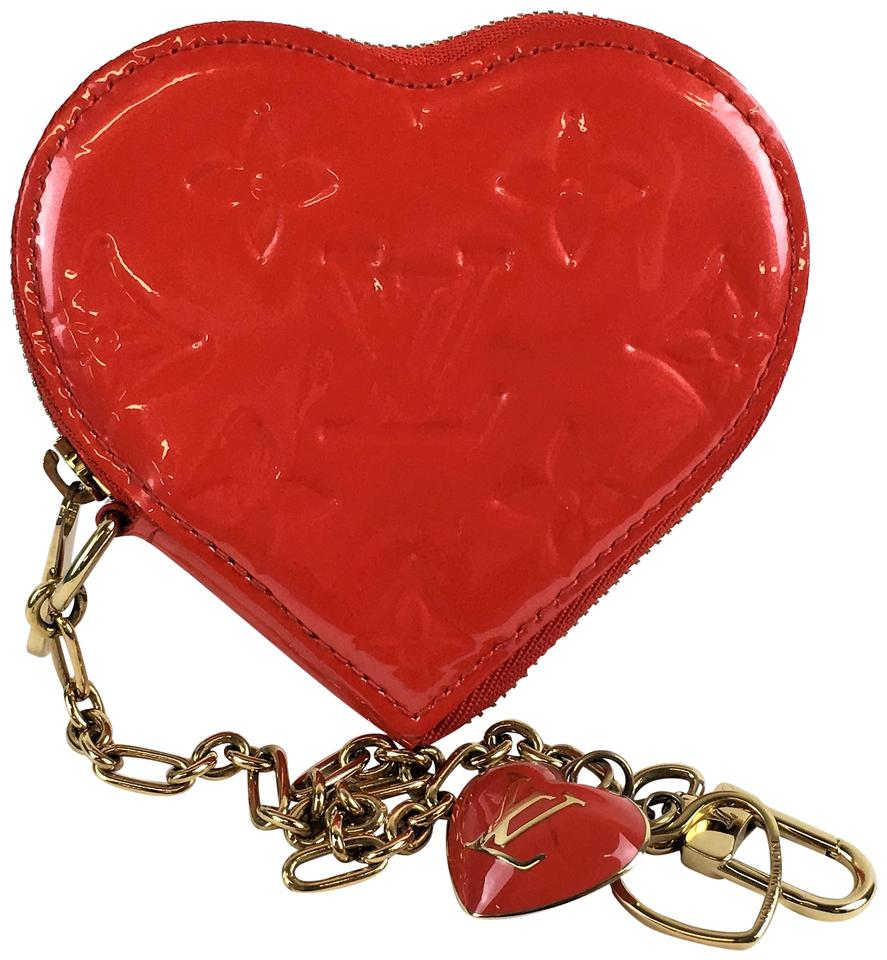 1b4803c3c Louis Vuitton Louis Vuitton Pomme D'Amour Vernis Heart Coin Purse Image 0  ...