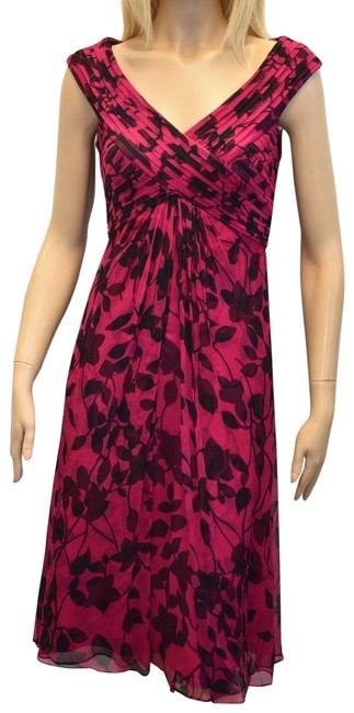 Preload https://img-static.tradesy.com/item/22755965/tadashi-shoji-black-and-magenta-collection-silk-sleeveless-mid-length-cocktail-dress-size-4-s-0-1-650-650.jpg
