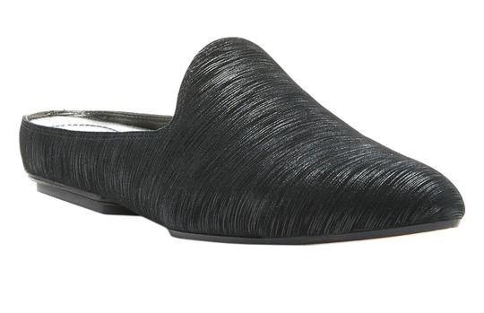 Preload https://img-static.tradesy.com/item/22756032/donald-j-pliner-black-rue-streaked-suede-slide-flats-size-us-6-regular-m-b-0-0-540-540.jpg