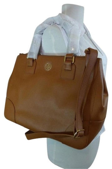 Preload https://img-static.tradesy.com/item/22756220/tory-burch-robinson-luggage-double-zip-brown-saffiano-leather-tote-0-0-540-540.jpg