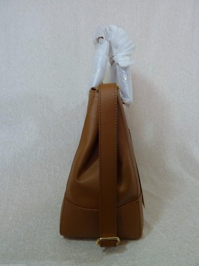Tory Burch Tote in Brown Image 4