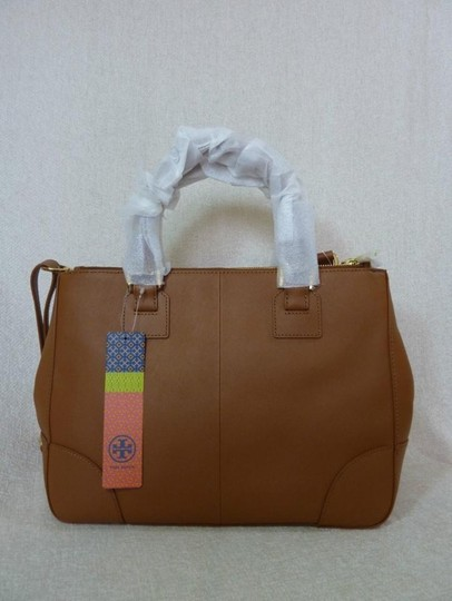 Tory Burch Tote in Brown Image 5