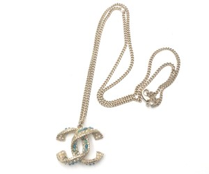 Chanel Chanel New Light Gold Folded CC Turquoise Faux Pearl Stone Necklace