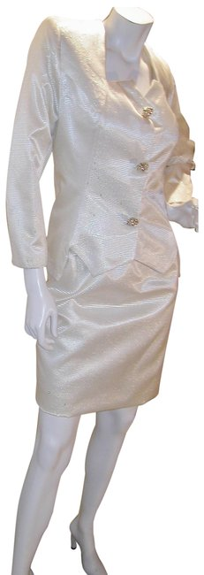 Item - Gold-white W 2 Pc Straight Skirt & Drop Waist Jacket W/Square Neckline Mid-length Night Out Dress Size 14 (L)