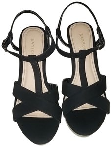 Bamboo Black and Tan Wedges
