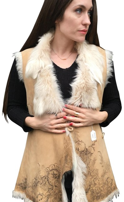 Item - Tan and White Suede Fur Vest Size 6 (S)
