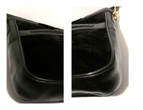 Gucci True 1960's Mod Excellent Vintage Dressy Or Casual Early Style Unique Pouch Style Shoulder Bag Image 5