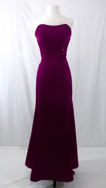 Alfred Angelo Grape Satin Style 7042 Formal Bridesmaid/Mob Dress Size 6 (S) Alfred Angelo Grape Satin Style 7042 Formal Bridesmaid/Mob Dress Size 6 (S) Image 1
