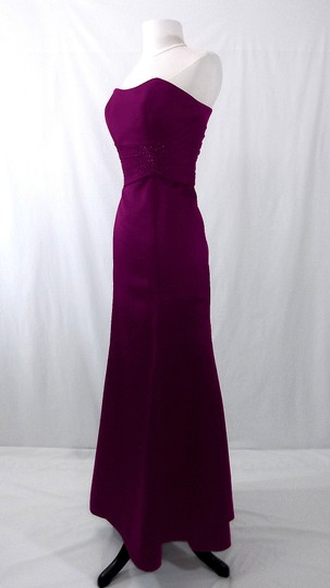 Alfred Angelo Grape Satin Style 7042 Formal Bridesmaid/Mob Dress Size 6 (S) Image 5