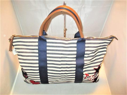 Tommy Hilfiger Next Day Shipping Navy / Natural Travel Bag Image 1