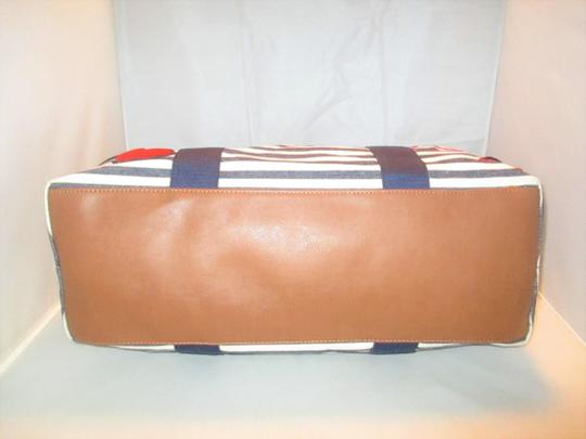 Tommy Hilfiger Next Day Shipping Navy / Natural Travel Bag Image 11