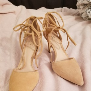 Vince Camuto Beige Formal