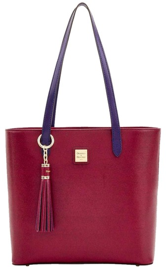 Preload https://img-static.tradesy.com/item/22758691/dooney-and-bourke-hadley-cranberry-saffiano-leather-tote-0-2-540-540.jpg