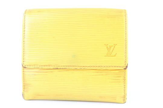 Preload https://img-static.tradesy.com/item/22759149/louis-vuitton-epi-elise-wallet-4lj0111-yellow-leather-clutch-0-0-540-540.jpg