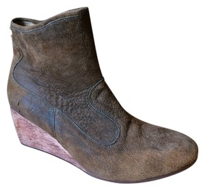 Calleen Cordero distressed suede brown Boots