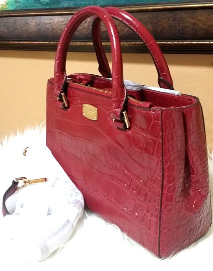 Michael Kors Kellen Tote Satchel in red Image 1