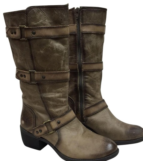 Preload https://img-static.tradesy.com/item/22760157/sahara-sand-leather-bootsbooties-size-us-6-regular-m-b-0-1-540-540.jpg