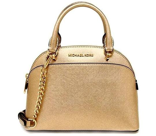 Michael Kors Satchel in gold Image 11