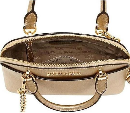 Michael Kors Satchel in gold Image 1
