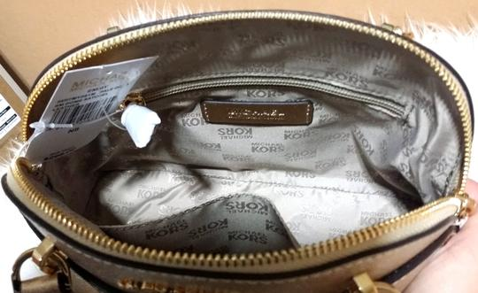 Michael Kors Satchel in gold Image 5