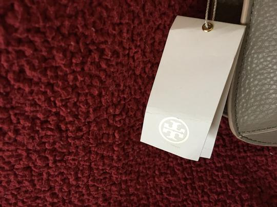 Tory Burch French Grey Messenger Bag Image 1