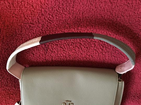 Tory Burch French Grey Messenger Bag Image 3
