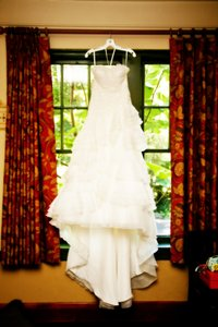 Galina Ivory Signature Traditional Wedding Dress Size 4 (S)