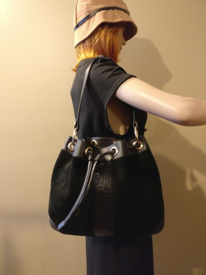 Gucci Gg Monogram Leather Bucket Tote in black Image 1