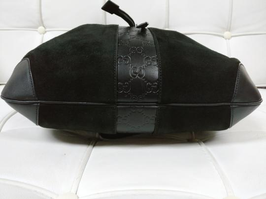 Gucci Gg Monogram Leather Bucket Tote in black Image 5