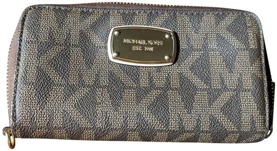 ecc0a443090f70 MICHAEL Michael Kors Brown Jet Set Travel Continental Wallet - Tradesy