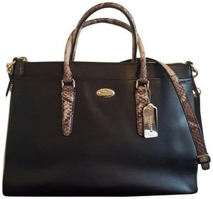 Coach Satchel in Blk/Wht/Embossed Python