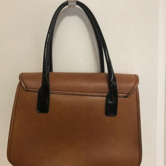 London Fog Tote in Tan Image 4