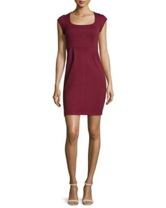 French Connection Cap Sleeve Scoop Neck Empire Waist Oxblood Merlot Dress
